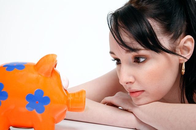 úspory ženy